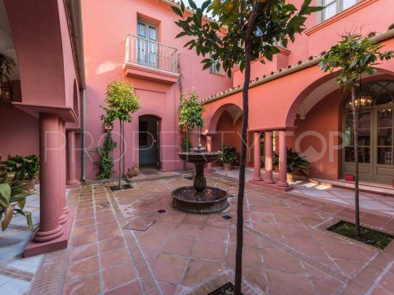 Villa in Hacienda las Chapas with 5 bedrooms | Excellent Spain