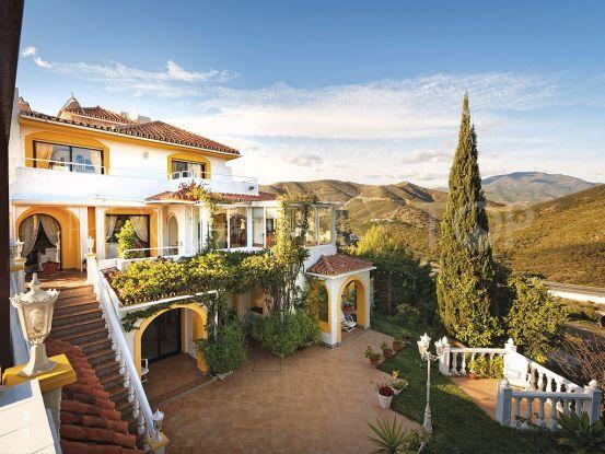 5 bedrooms Las Lomas de Nueva Andalucia villa | Excellent Spain