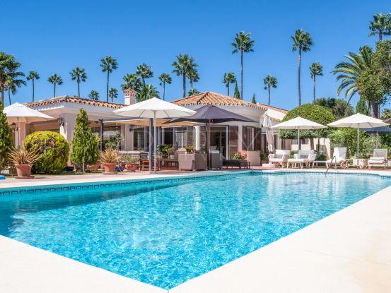 For sale villa in Reyes y Reinas | Holmes Property Sales