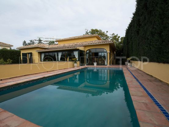 Buy villa in Guadalmina Alta with 3 bedrooms | SMF Real Estate