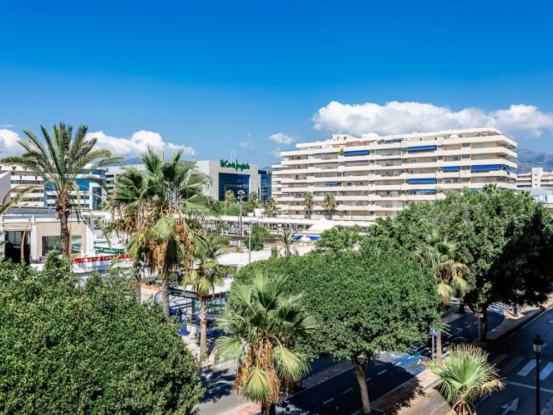 Buy 2 bedrooms apartment in Marbella - Puerto Banus | SMF Real Estate