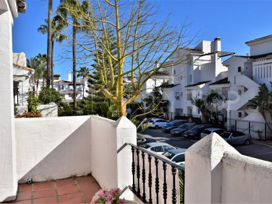 Apartment with 3 bedrooms for sale in Los Naranjos de Marbella, Nueva Andalucia | SMF Real Estate