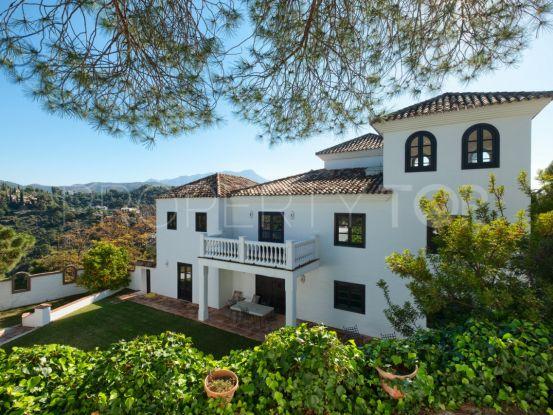 Buy villa in El Madroñal, Benahavis   SMF Real Estate