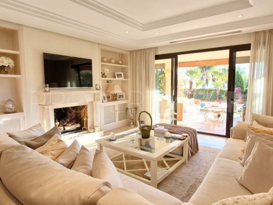 For sale ground floor apartment with 3 bedrooms in Aloha Park | Marbella Unique Properties
