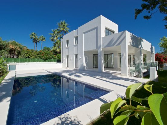 Villa for sale in Cortijo Blanco, San Pedro de Alcantara | Marbella Unique Properties