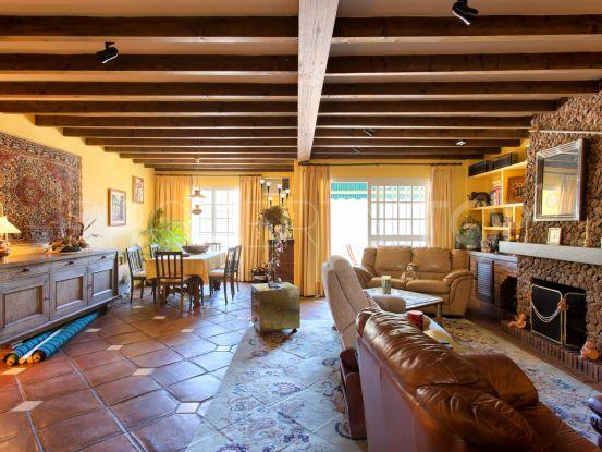 Benahavis Centro, adosado con 3 dormitorios | Marbella Unique Properties