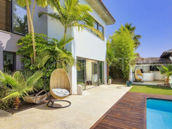 Villa for sale in Costalita with 6 bedrooms | Marbella Unique Properties