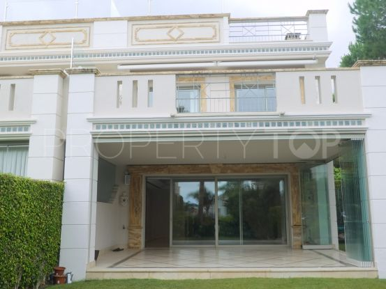 Town house for sale in Sierra Blanca del Mar with 5 bedrooms | Marbella Unique Properties