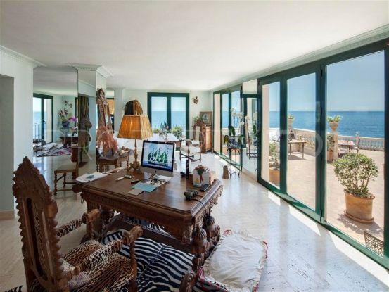 Villa for sale in Calahonda Playa | Marbella Unique Properties