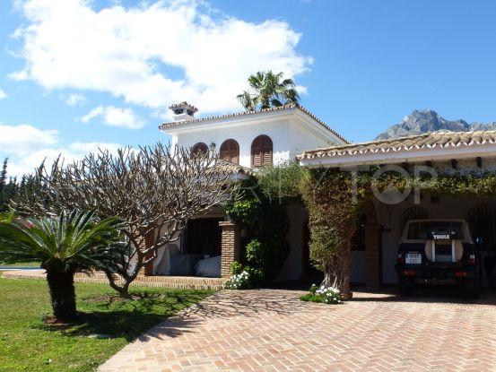 For sale villa with 5 bedrooms in Rocio de Nagüeles, Marbella Golden Mile | Marbella Unique Properties