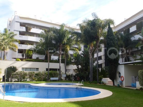 Apartment for sale in Tembo Banus with 3 bedrooms | Marbella Unique Properties