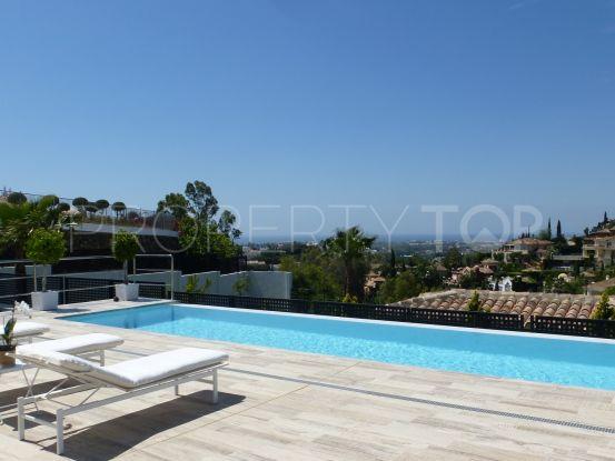 Buy El Herrojo villa with 4 bedrooms | Marbella Unique Properties