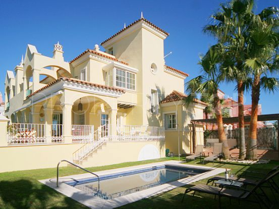 For sale town house with 5 bedrooms in Lorea Playa, Nueva Andalucia | Marbella Unique Properties