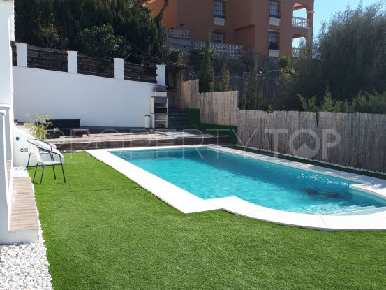 For sale Forest Hills villa with 5 bedrooms | Inmobiliaria Luz