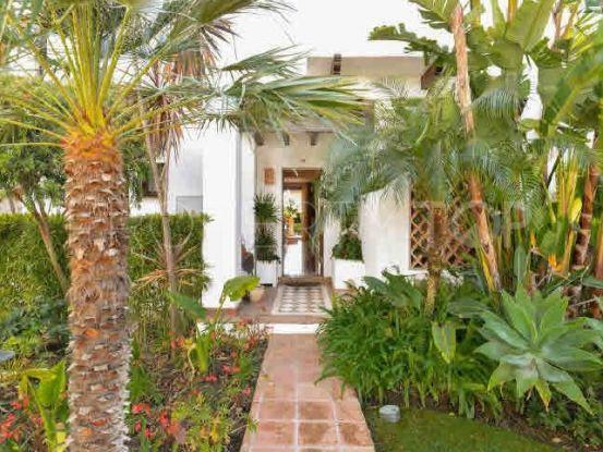Adosado con 3 dormitorios a la venta en Mirador del Paraiso, Benahavis | Inmobiliaria Luz