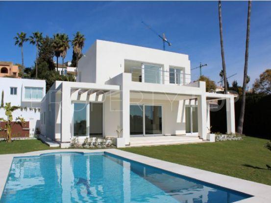 Buy El Paraiso 4 bedrooms villa | Inmobiliaria Luz