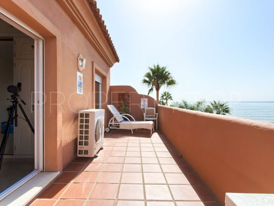For sale duplex penthouse in Estepona with 2 bedrooms | Inmobiliaria Luz