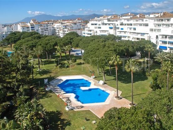 Apartment for sale in Playas del Duque | Inmobiliaria Luz