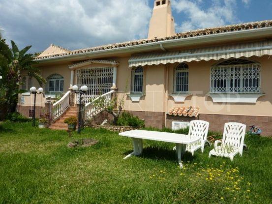 Villa for sale in El Chaparral with 4 bedrooms | Inmobiliaria Luz