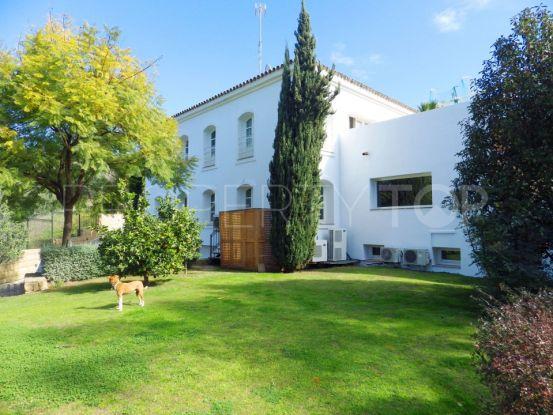 Villa for sale in Capanes Sur with 5 bedrooms | Inmobiliaria Luz