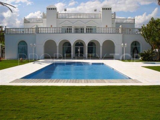 Buy Casasola villa with 9 bedrooms   Inmobiliaria Luz