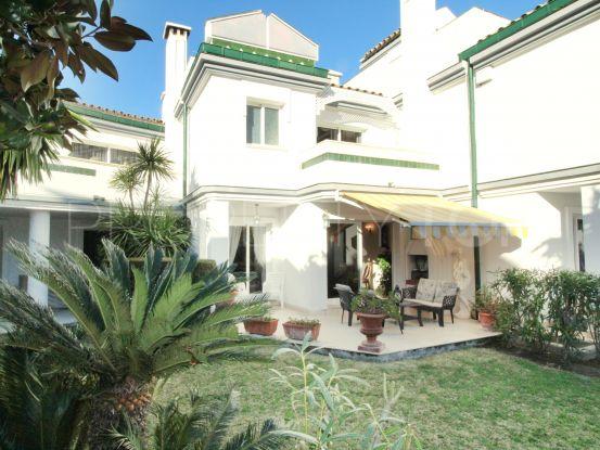 Town house for sale in Dominion Beach, Estepona | Inmobiliaria Luz