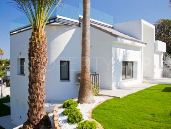 For sale villa with 7 bedrooms in Guadalmina Alta, San Pedro de Alcantara | Inmobiliaria Luz