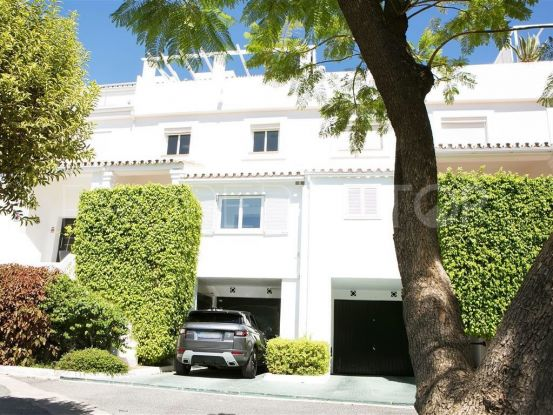 Town house with 4 bedrooms in La Quinta Golf, Benahavis | Inmobiliaria Luz