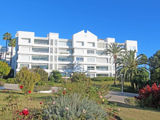 For sale apartment in Torre Real, Marbella East | Lamar Properties