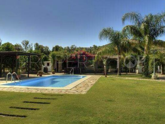 Villa in San Martin del Tesorillo with 5 bedrooms | Savills Gibraltar