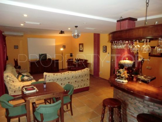 Villa a la venta en Alcaidesa con 5 dormitorios | Savills Gibraltar