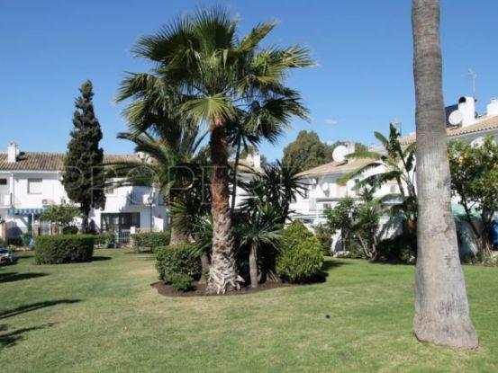 Buy apartment with 3 bedrooms in Nueva Atalaya, Estepona | Cosmopolitan Properties