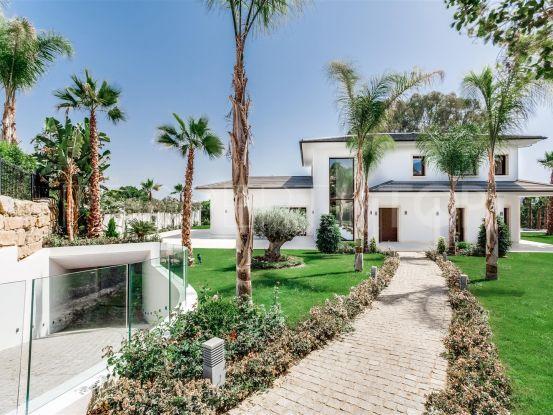 Villa with 5 bedrooms for sale in Los Naranjos Golf, Nueva Andalucia | Cosmopolitan Properties