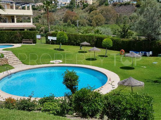 For sale penthouse in Altos de La Quinta, Benahavis | Cosmopolitan Properties