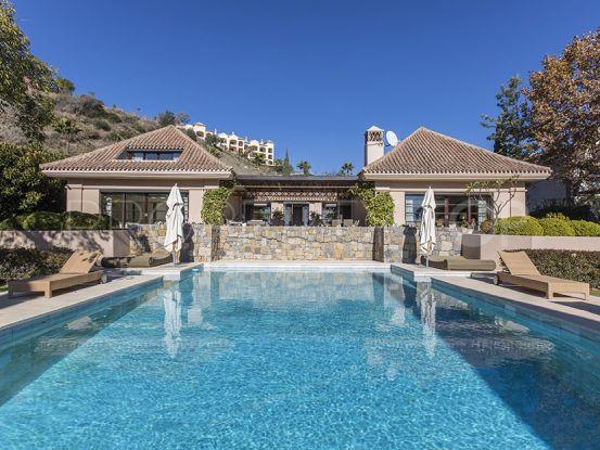 For sale villa with 4 bedrooms in Monte Halcones | Cosmopolitan Properties