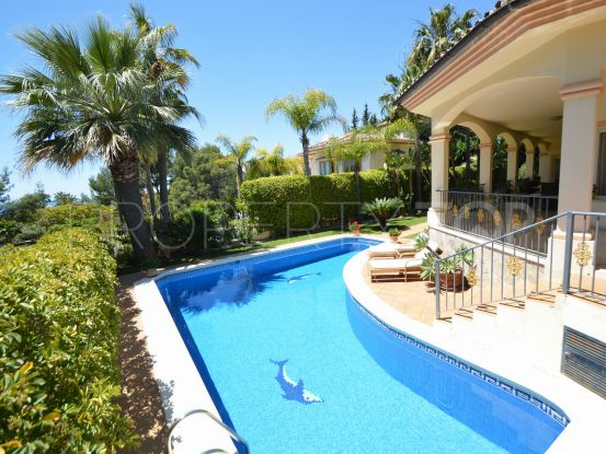 5 bedrooms villa in Altos Reales for sale | Cosmopolitan Properties