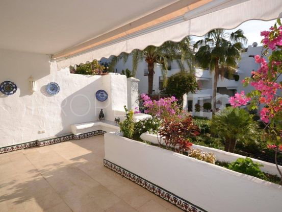 Apartment with 2 bedrooms for sale in Alhambra del Mar, Marbella Golden Mile | Cosmopolitan Properties