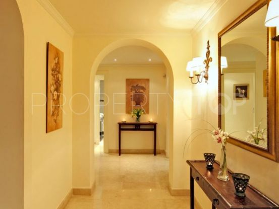 Apartment in La Alzambra | Vasari Properties