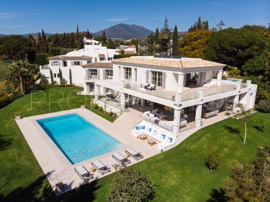 Villa for sale in Aloha, Nueva Andalucia | Benarroch Real Estate