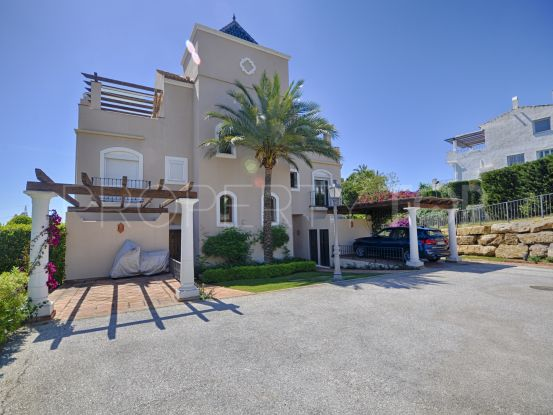 Buy semi detached house in Paraiso Hills with 4 bedrooms | Benarroch Real Estate