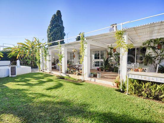 For sale villa in El Saladillo, Estepona | Benarroch Real Estate