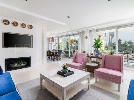For sale villa with 5 bedrooms in Cortijo Blanco | Benarroch Real Estate