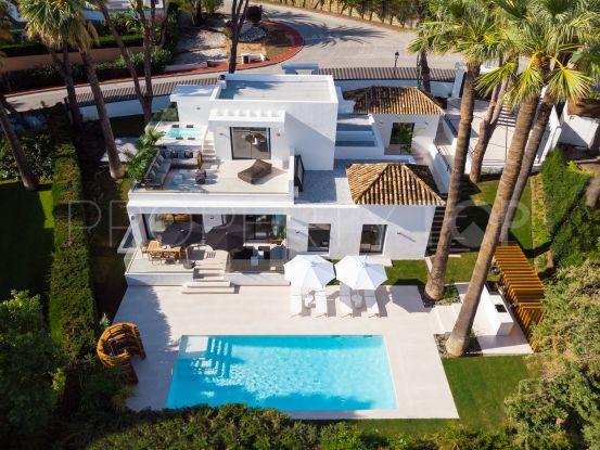 Villa in Las Brisas for sale | Benarroch Real Estate