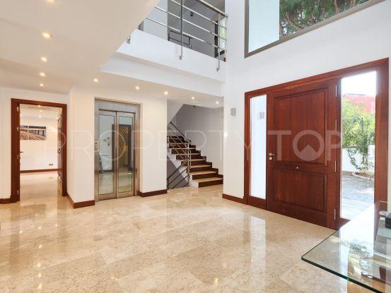 Buy Hacienda las Chapas villa with 5 bedrooms | Benarroch Real Estate