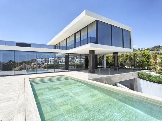 For sale villa in Haza del Conde, Nueva Andalucia | Benarroch Real Estate