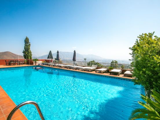 Ojen, pareado en venta de 3 dormitorios | Nvoga Marbella Realty