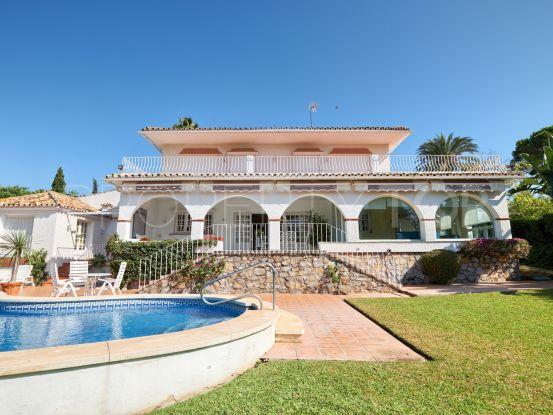 Se vende villa con 4 dormitorios en Guadalmina Alta, San Pedro de Alcantara | Nvoga Marbella Realty