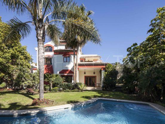 Villa for sale in Altos de Puente Romano | Nvoga Marbella Realty