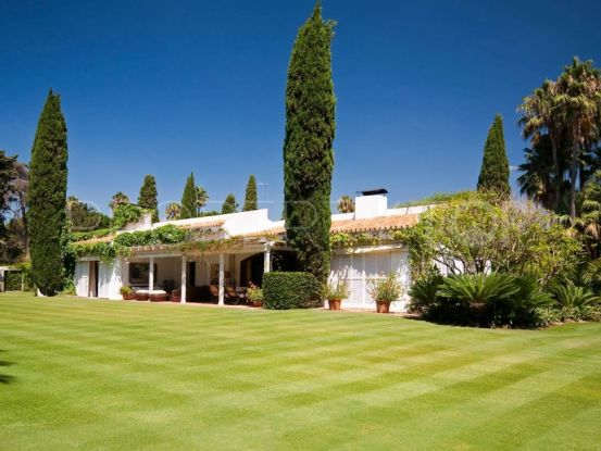 Villa with 8 bedrooms for sale in Sotogrande Costa | SotoEstates