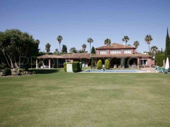 Villa for sale in Sotogrande Costa with 6 bedrooms | SotoEstates